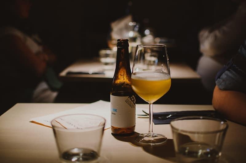 How to Serve Sake Versus Wine